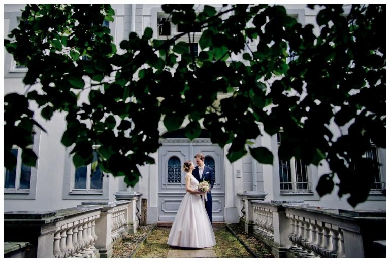 Hochzeit Zwickau, Manufaktur Zwickau, Wedding, Anne Hornemann, Erzgebirge Hochzeit, Hochzeit Mitteldeutschland, Katholische Trauung, Naked Cake